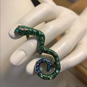 Jewelry - Brass snake double ring with enamel and crystals